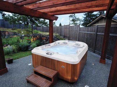 Hot Tub - Pergolas & Gazebos